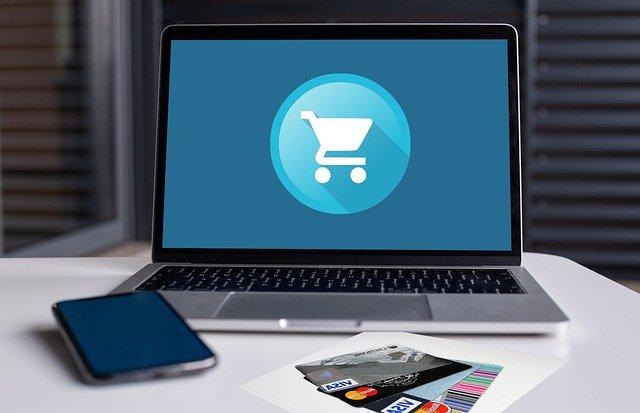 umowa pośrednictwa w sprzedaży w internecie
